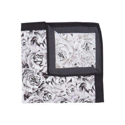 Fashion 4 Men - yd. Barrons Pocket Square Black One
